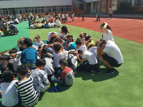 健康幼儿园开展地震应急疏散安全演练活动
