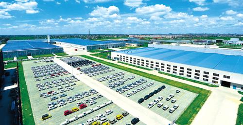 位于国家级亚美游经济技术开发区的陆地方舟新能源汽车生产基地