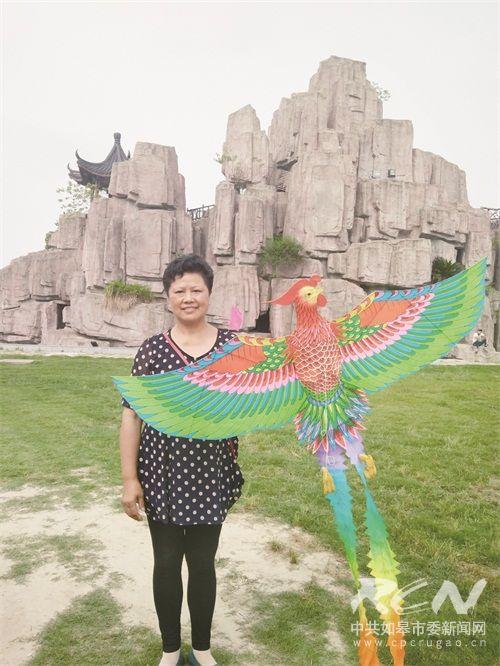 郭氏风筝传承人单锋与她的风筝