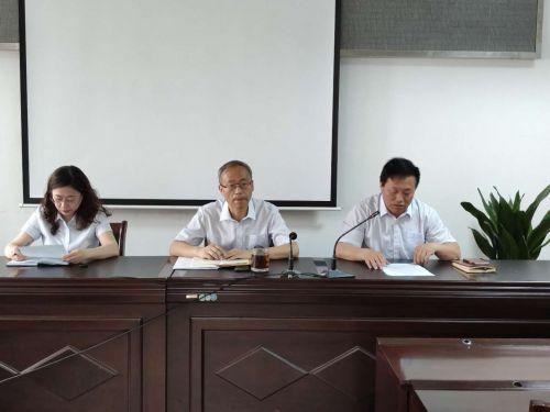 行政审批局党委副书记、局长范晓强对今后政务服务工作提要求