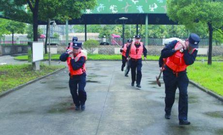 市邊檢站:積極開展防汛搶險救災演練