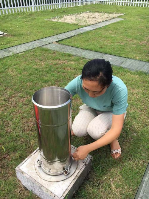 加固仪器设备 做好防汛防台准备 (2)
