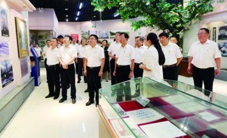 市四套班子黨員領導在紅十四軍紀念館接受革命傳統教育