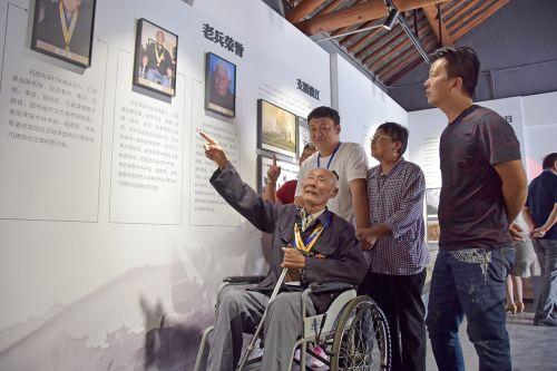 5今年96岁高龄的抗战老兵申步高讲述他的抗战故事
