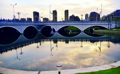 我市新建一批亲水平台、游步道、生态河