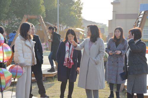 南通市幼儿园课程游戏化项目视导工作组走进高新区桃园幼儿园 (6)