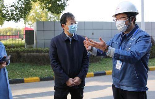 市领导实地调研企业疫情防控和复工复产