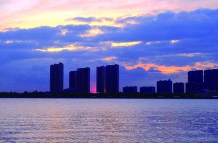日落时分 龙游湖风景区格外美丽一角
